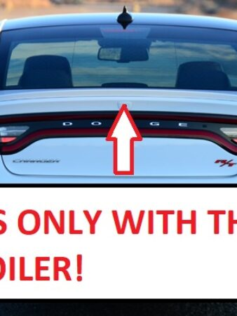 2015-dodge-charger-rt-rear-2